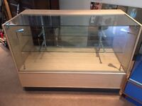 Glass Retail/Shop Display Cabinet