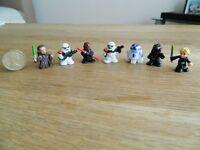 7x Small Star Wars Figures.