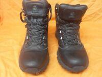 black size 5 Gelert walking boots