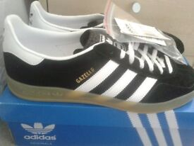 ADIDAS GAZELLE INDOOR (BLACK/WHITE/GUM) - SIZE 9 - BOXED - TAGGED NEVER WORN £35.