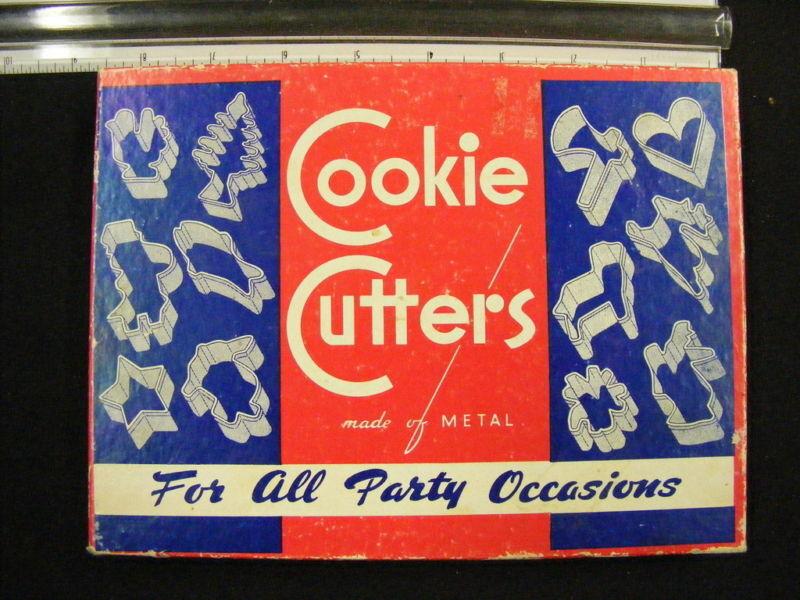 Vintage Metal Cookie Cutters In Original Box