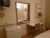 --DOUBLE ROOM FOR SINGLE PERSON-- ABBEY ROAD FROM 20/12