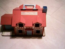 Dolls house toy , Fisher Price, vintage ?