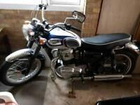 Kawasaki w650 silver/blue