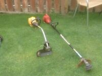 PETROL STRIMMER RED ONE LEFT SPARES OR REPAIR £10