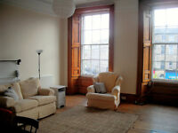 Gorgeous 4 bedroom apartment for rent during the Edinburgh Festival, sleeps 8