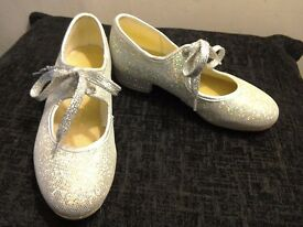 Girls silver glitter tap shoes - size 11