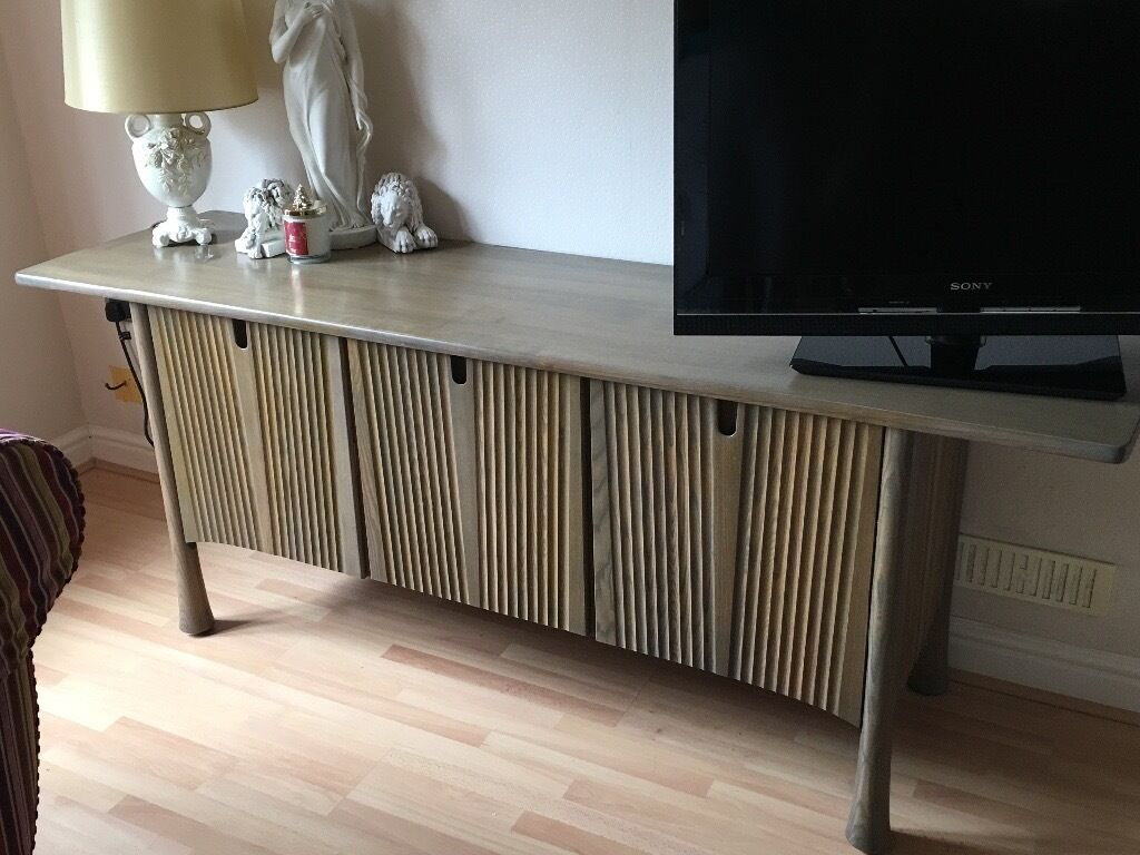 ERCOL SAVILLE FABULOUS SIDEBOARD IN GREY WASH - ERCOL CRAFTSMANSHIP AT IT'S BEST