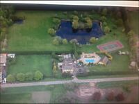 Stunning detached property for Rent with extensive grounds