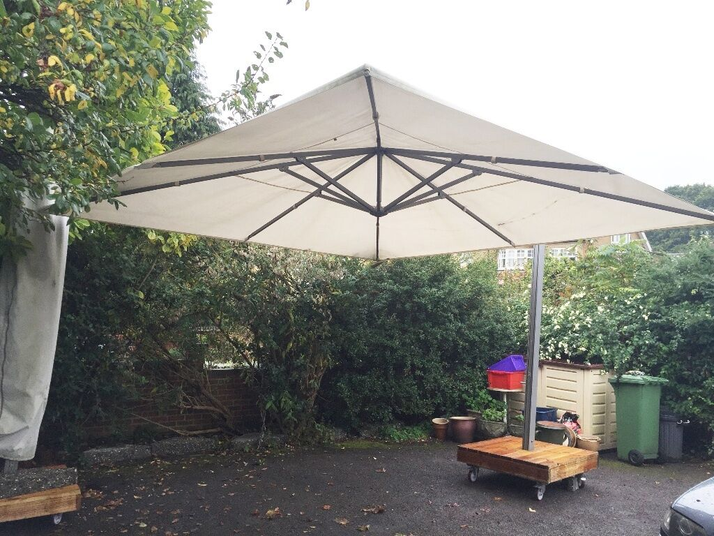 2 Commercial Parasols Umbrellas 4x4m Sun All Weather Cafe Restaurant Garden