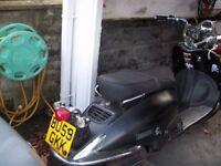 Lexmoto ZN125T-E Tommy Scooter 125cc