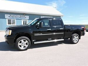 2012 GMC SIERRA 2500HD Denali,DIESEL,LEATHER,SUNROOF,LOADED !!