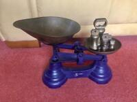 Vintage Kitchen scales complete with weights