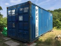 20' x 8' or 40' x 8' Shipping Containers wanted