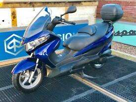 Suzuki uh125 Burgman S-Wing Cygnus pcx UK delivery