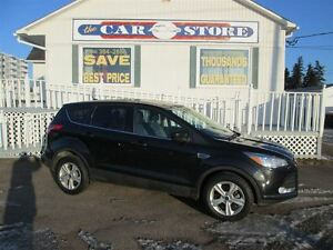 2015 Ford Escape SE 4WD!! HEATED SEATS!! BACK UP CAMERA!! 1 OWNE