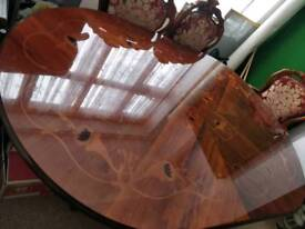 Dining table vintage