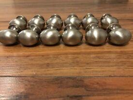 12 small round handles
