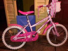 Girls bike (age 5 to 8) Good condition