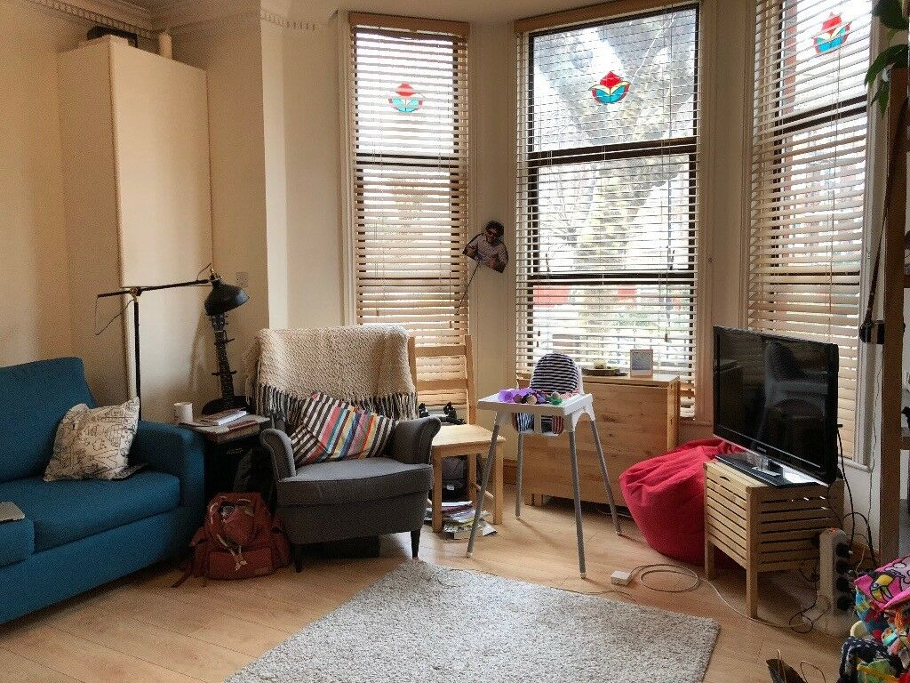 Fantastic large One Double Bedroom Apartment In Stoke ...