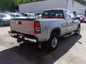 2007 GMC SIERRA CLASSIC 2500HD SLE1 EXT. CAB 4WD Prince George British Columbia image 6
