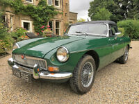 MGB Roadster, chrome bumper with wire wheels