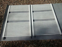 2 white towel radiators 116 cm x 75 cm