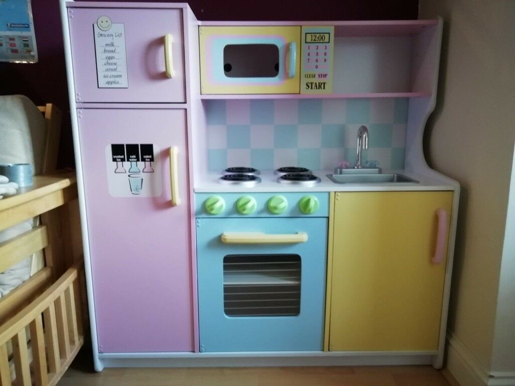 Kidkraft Large Pastel Wooden Play Kitchen