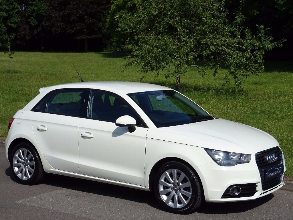 2014 audi a1 1 6 tdi sport sportback 5dr bluetooth amalfi white in poole dorset gumtree. Black Bedroom Furniture Sets. Home Design Ideas