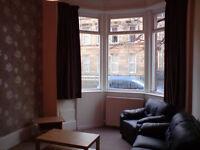 Spacious Ground Floor Flat 2 Double Bedrooms