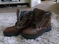 BRAND NEW MENS EARTHWORKS BOOTS SIZE 13