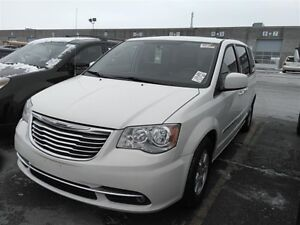 2011 Chrysler Town & Country TOURING~NAVIGATION~2 DVDS~SUNROOF !