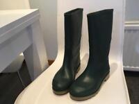 Green wellies - Clark's size 5