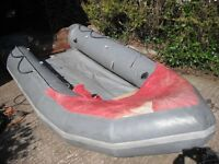 AVON SPORTS INFLATABLE BOAT + 3.5HP YAMAHA OUTBOARD ENGINE