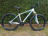 2015 Giant talon 2 Mountain bike.