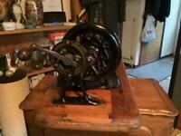 BRADFORD Sewing machine