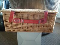 Picnic Hamper 2 person