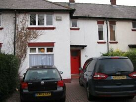 Spacious 3 Bed roomed house to let with garden and off road parking in Handbridge