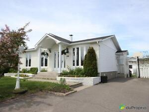 210 900$ - Bungalow à vendre à Chicoutimi Saguenay Saguenay-Lac-Saint-Jean image 2
