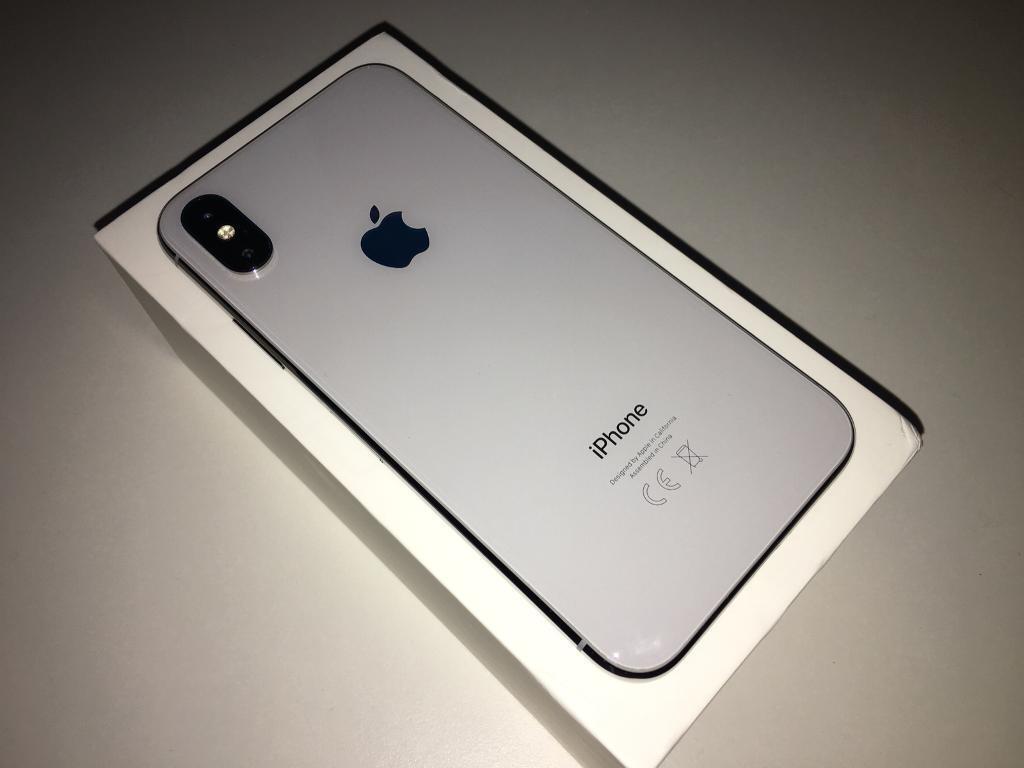 Apple iPhone X 64GB Silver EE