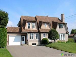 319 900$ - Maison 2 étages à vendre à Fleurimont