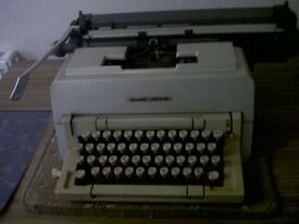 Typewriter Olivetti