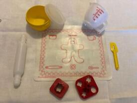 1979 Vintage Tupperware Mini-Mix-It children's Toy Baking Set.