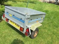 Metal trailer in good condition.