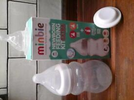 Minbie Newborn bottle / Feeding kit inc 2 teats and travel seal. Ideal for combination feeding,