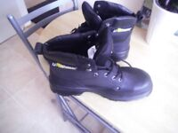 NEW U POWER WORKING BOOTS SIZE 10