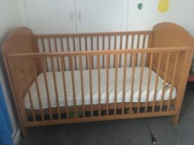 Toddler cot and mattress (turns into toddler bed)