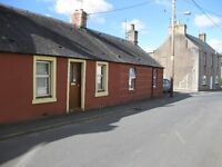 NEWLY RENOVATED 2 BEDROOMED COTTAGE WITH GARDEN FOR RENT