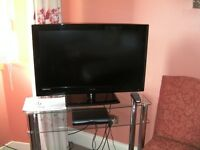 "TECHNIKA 32"" LCD TELEVISION"