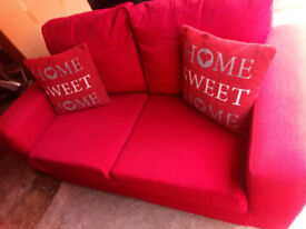 REDUCED BEAUTFUL RED DOUBLE SOFA BED NICE COMFY IDEAL IF YOU HAVE GUESTS STAYING AND ALSO AS A SOFA